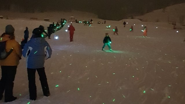 Torch-light skiing for kids