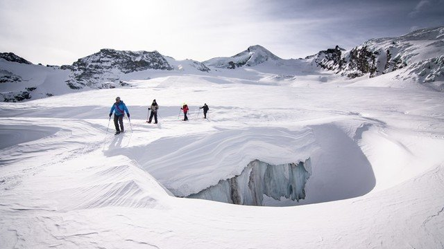 Excursion on the glacier
